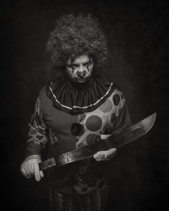 Clown-3871-3bwweb-819x1024